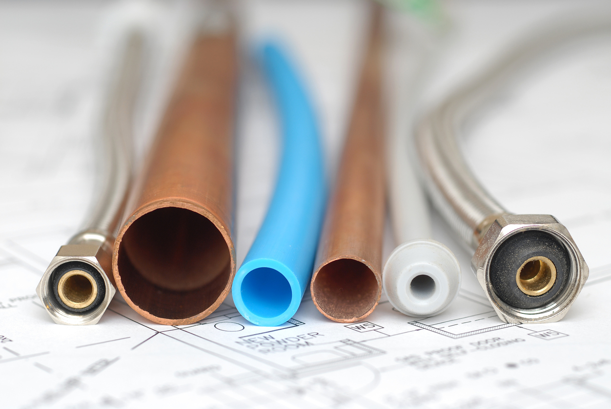 The different types of plumbing pipes len the plumber for Types of pipes used in plumbing